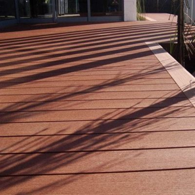 Eco-Decking-reCycled material-fence alternative